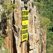 ABSEILING-BANNER-ON-PEAK